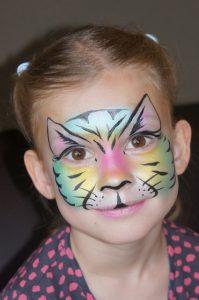 Stap voor Stap Schminkvoorbeeld Kleurrijke Katten